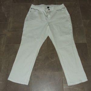 Lane Bryant Crop White Jeans Size 20 NWT